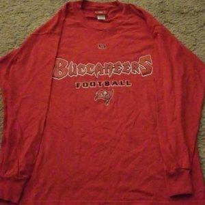Tamp bay Buccaneers longsleeve shirt